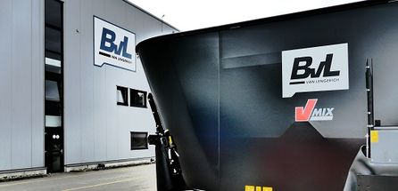BvL mixer wagons: in black to mark the 160th anniversary