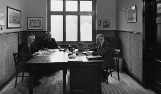 The 3rd generation: The brothers Theodor, Wilhelm and Heinrich van Lengerich (from left) take over management from their father.